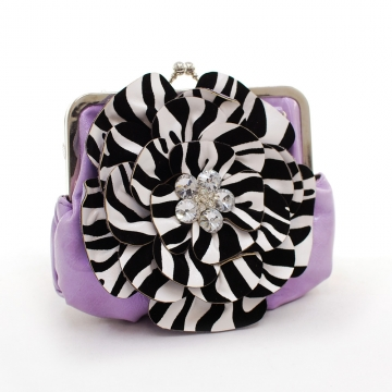 Montana West Rustic Couture Zebra Flower Clutch with Kiss Lock Opening-Purple