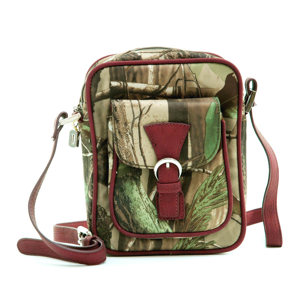 Realtree ® camouflage crossbody/ messenger bag w/ front pocket