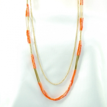 Beaded necklace w/ earrings