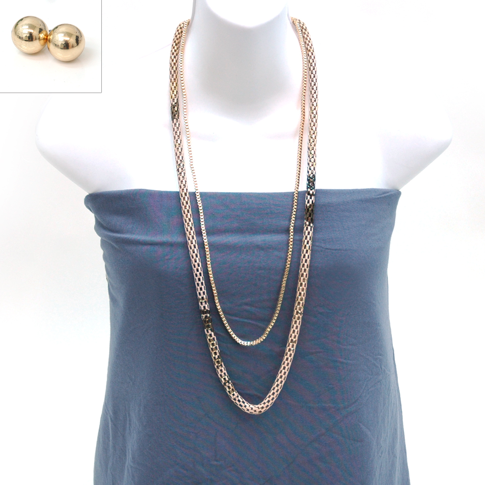Metallic necklaces w/ sphere earrings
