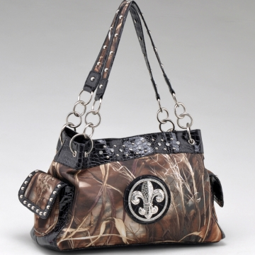 Real Tree ® camouflage Fleur de Lis accent shoulder bag handbag