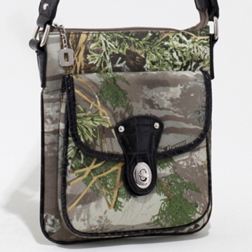 Realtree ® camouflage messenger bag w/ croco trim & twist lock closure pocket - Camouflage/Black
