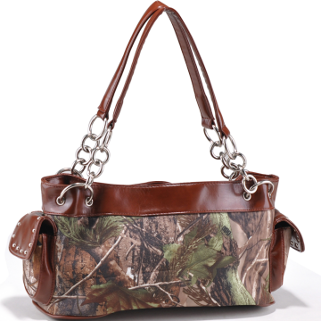 Realtree ® Camouflage studded shoulder bag w/ chain handles - camouflage/ Brown