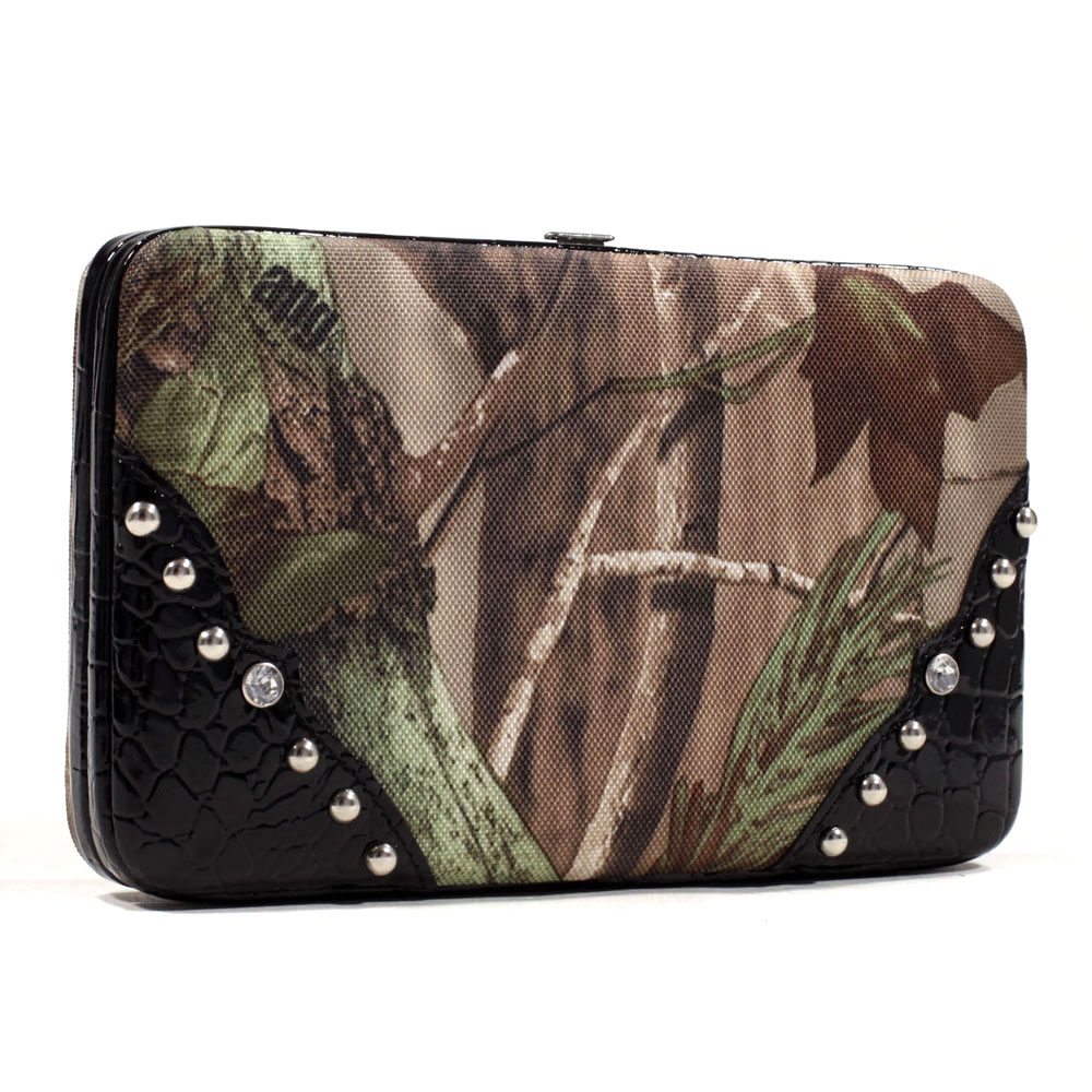 Realtree® APG Camo Studded Croco Trim Frame Wallet