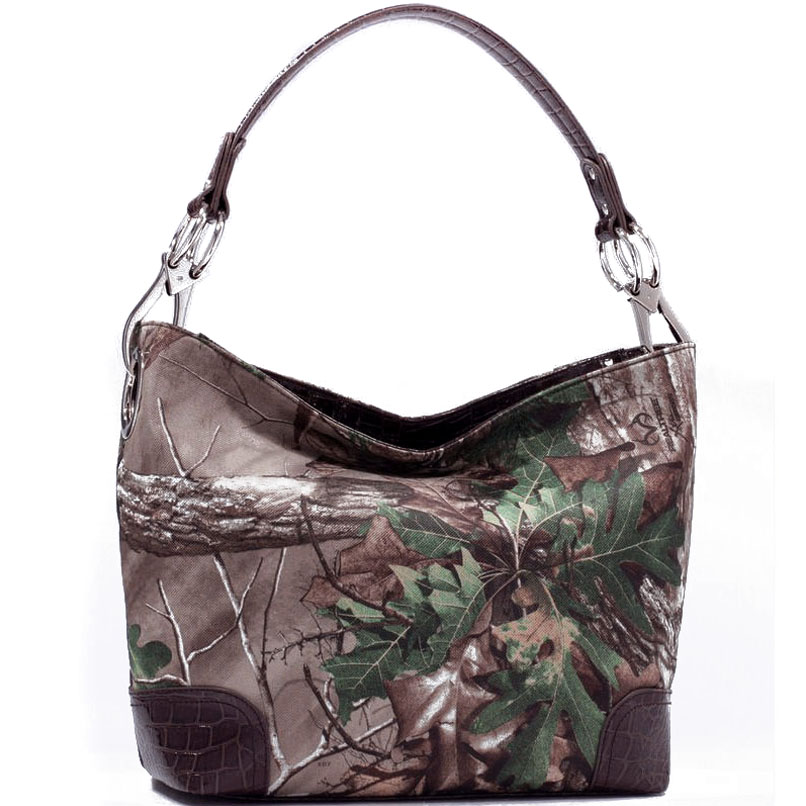 Dasein® Tote Bag in Realtree ® Camouflage w/ Faux Croco Trim-Brown/camo