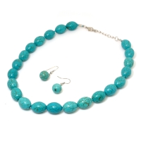 Simple Oval Shaped Turquoise Necklace w/ Matching Earrings