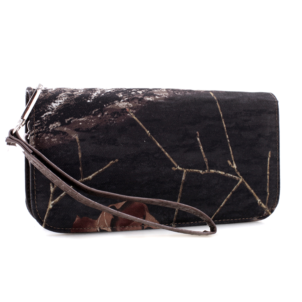 Mossy Oak® Zip-Around Canvas Wallet with Wristlet Strap